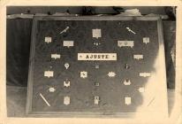19560057 Exposición de trabajos de ajuste 0